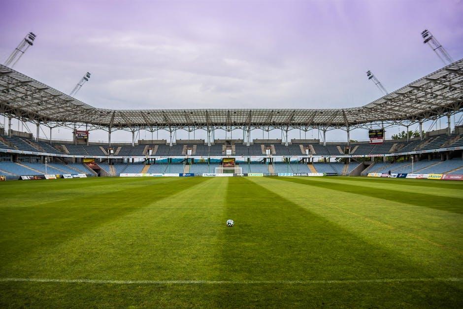 Bommelding Abe Lenstra Stadion in Heerenveen